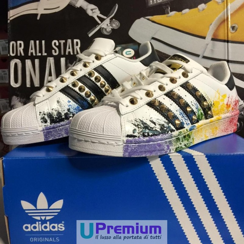 adidas superstar nere e multicolore