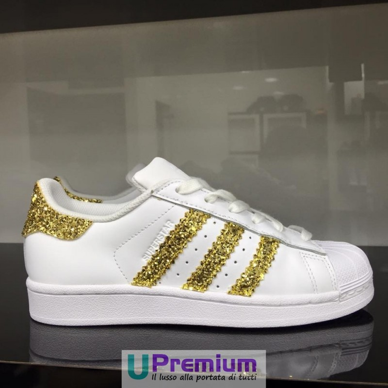 adidas superstar bianche strisce oro paillettes prodotto customizz. Black Bedroom Furniture Sets. Home Design Ideas